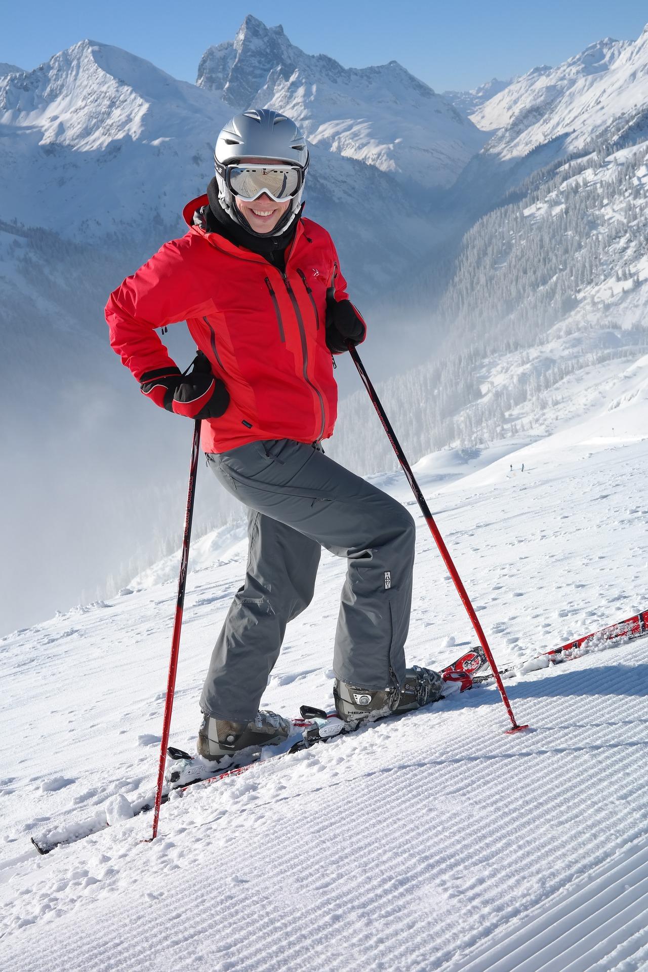 skier-999196_1920